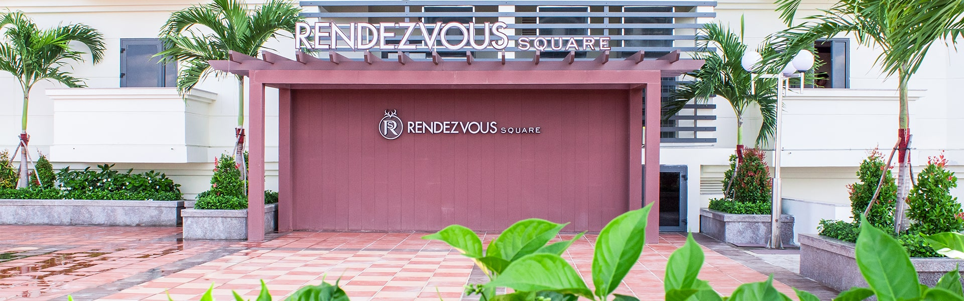 Rendezvous-Square-Header